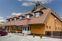 Karát Hotel Image
