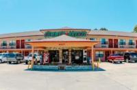 Summer Breeze Motel Image