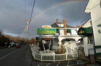 Claddagh Motel & Suites Image