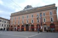 Hotel Mariani Image