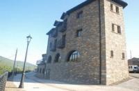 Apartamentos Pirineos Ordesa Image