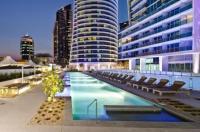 Hilton Surfers Paradise Residences Image