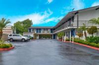 Motel 6 Los Angeles - El Monte Image