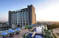 Radisson Blu Hotel New Delhi Paschim Vihar Image