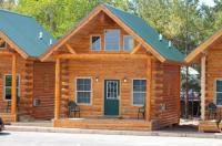 Cabins of Mackinaw Image