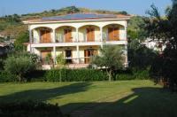 Larus Hotel Image