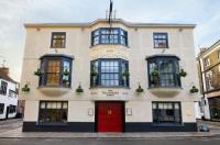 Salisbury Arms Hotel Image