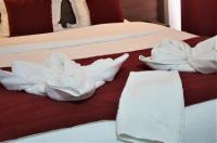 Hotel Luxor Image