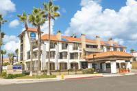 Huntington Beach Inn Image