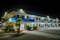 Motel 6 Douglas Image
