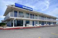 Motel 6 Galveston Image