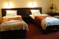 Hotel Debina Image