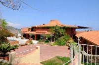 Hotel Baia Dell'Est Image