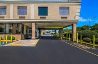 Days Inn Philadelphia Roosevelt Boulevard Image