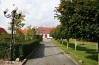 Hoby Gård Image