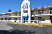 Motel 6 Springfield - Chicopee Image