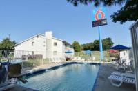Motel 6 Nashua Image
