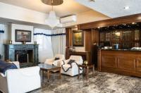 Hotel Elena Image