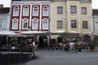Hotel Vinothek Schwarzer Adler Image