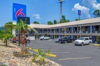 Motel 6 Dalton Image