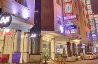Hotel Grand Godwin Image