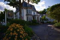 Hartstone Inn & Hideaway Image