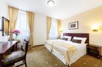 Hotel & Apartments U Cerného orla Image