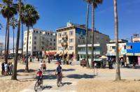 Venice Beach Suites & Hotel Image
