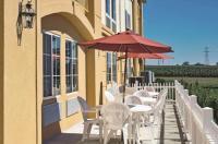 La Quinta Inn & Suites Lancaster Image
