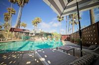 Ocean Villa Inn Image