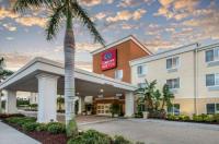 Comfort Suites Sarasota Image