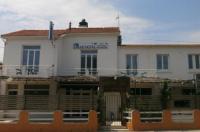 Blue Hotel Image