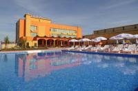 Hotel Amigos Image