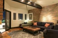 1013 - Manhattan Beach Modern Villa Image