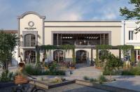 Hotel Tropicana Inn Image