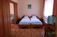 Karádi Hotel Image