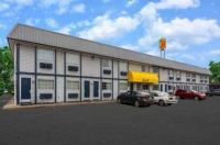 Super 8 Motel - Wooster Image