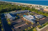 Days Inn & Suites Amelia Island at the Beach Image