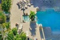 Barefoot Beach Hotel Image