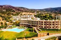 Evia Hotel & Suites Image