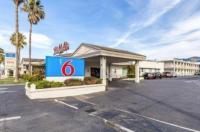 Motel 6 San Rafael Image