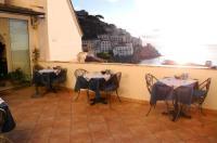 Hotel Croce Di Amalfi Image