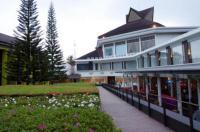 Mikie Holiday Resort Image