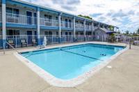 Rodeway Inn North Charleston Image