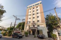 Chaipat Hotel Image