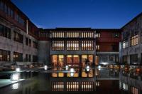 Jiaxing Yuehe Hotel Image