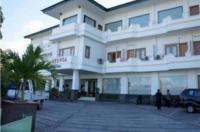 Sylvia Hotel Maumere Image