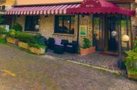 Hotel Serena Image