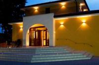 Villa Del Poeta Image