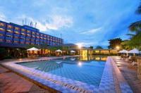 Hotel Pangeran Beach Image